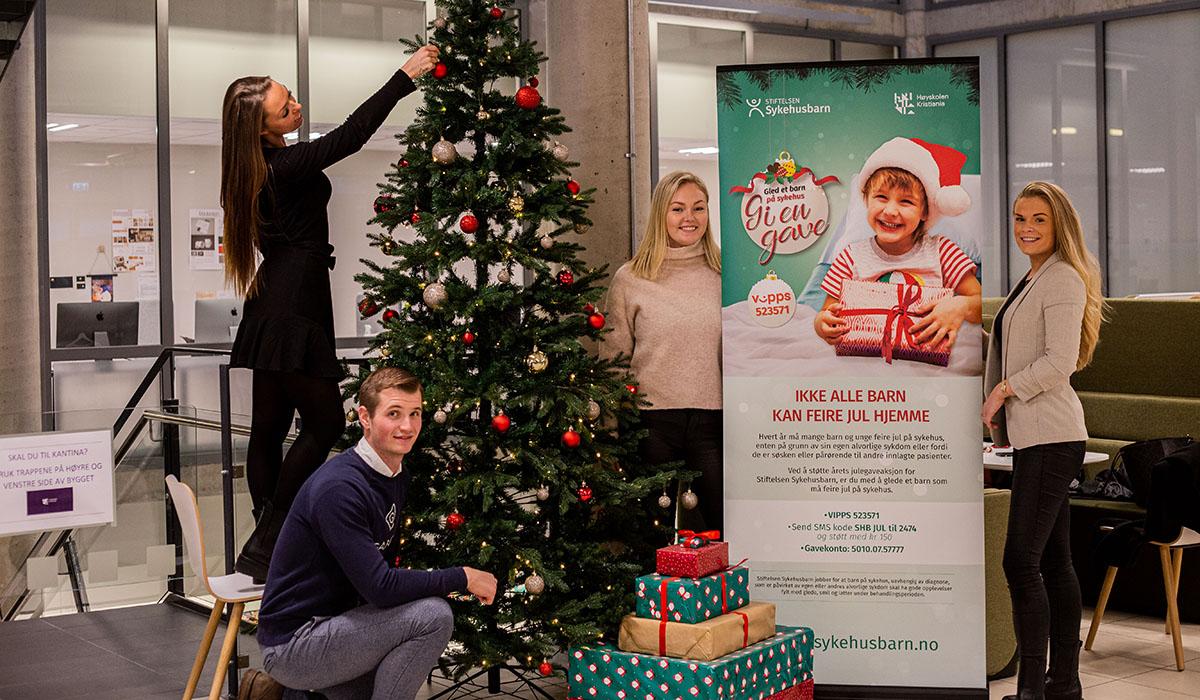 Gjennomfører julegaveaksjon for sykehusbarn