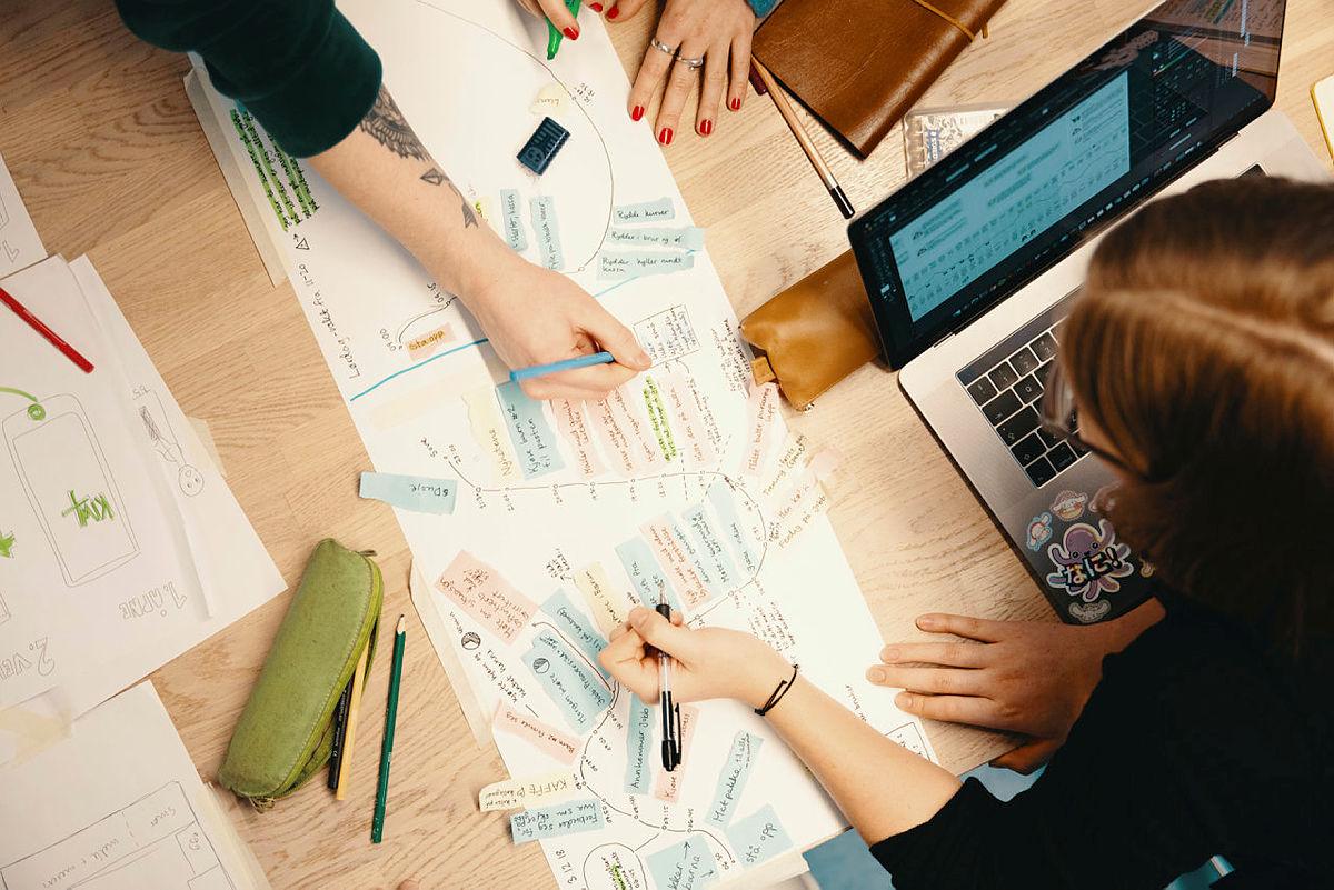 Nå lanserer vi emner i tjenestedesign og innovasjon på nett