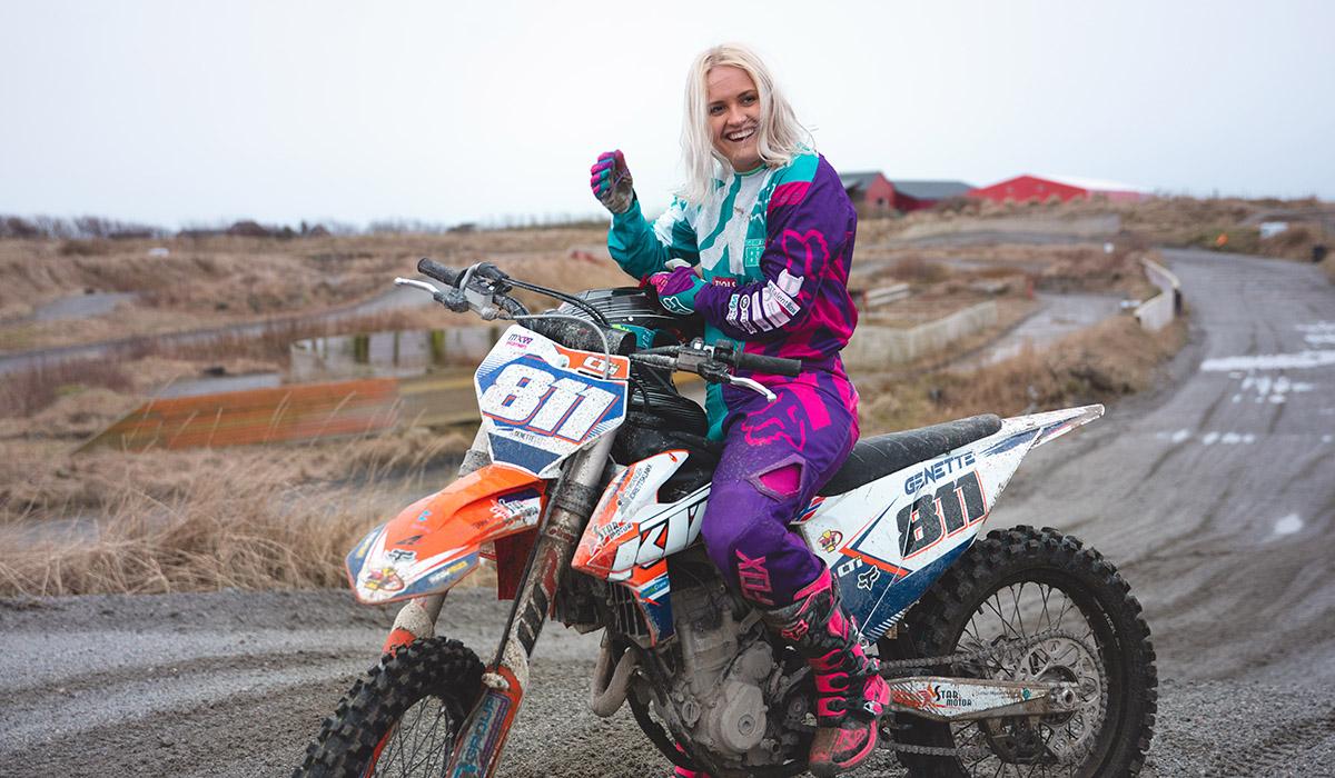 Nettstudier ble løsningen for Motorcross-stjernen